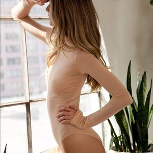 NWT ARE YOU AM I Roos Bodysuit Medium Nude